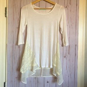 Lacey 3/4 Sleeve Top